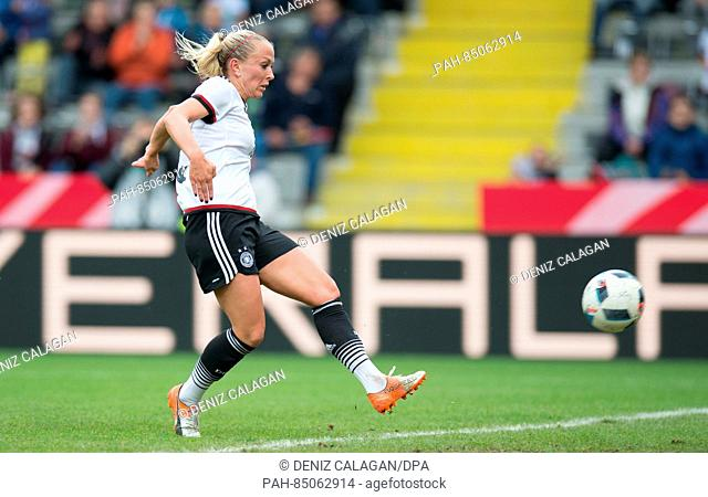 Germany's Mandy Islacker scores the 2-0 goal during the women's international soccer match between Germany and the Netherlands in theScholz Arena in Aalen