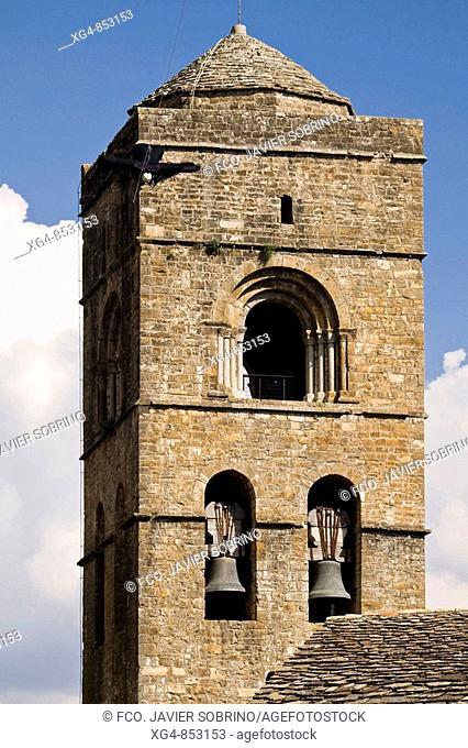 Bell tower of the Romanesque collegiate church of Santa Maria (12th century), Ainsa. Sobrarbe, Huesca province, Aragon, Spain