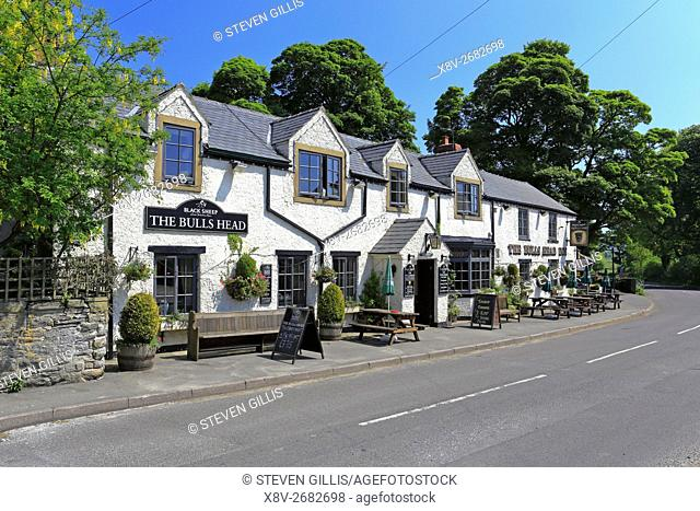 The Bulls Head Inn, Foolow, Peak District National Park, Derbyshire, England, UK