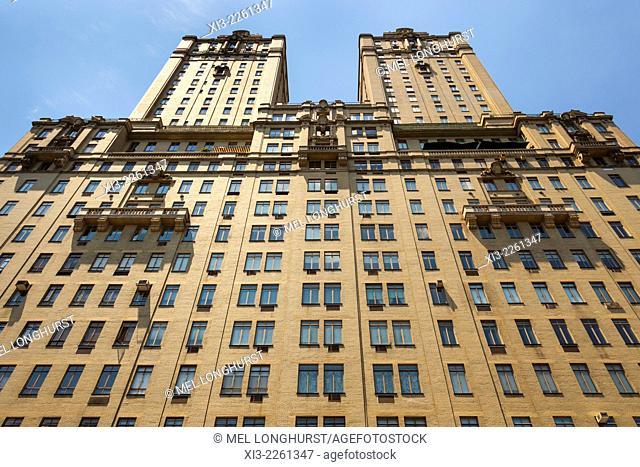 San Remo Building, Central Park West, Manhattan, New York City, New York, USA
