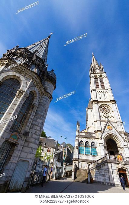 Rosary Basilica. Lourdes city