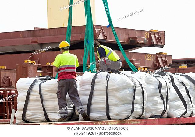 Las Palmas, Gran Canaria, Canary Islands, Spain. 4,500 tonnes of rice from United Nations World Food Programme`s logistics hub in Las Palmas port being loaded...