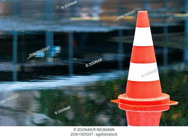 Cone as the puddle in the street V2