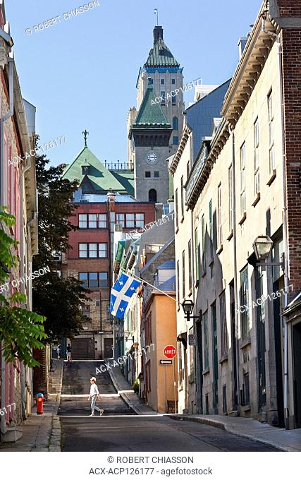 19th century buildings one of which bears the Quebec flag on Saint-Flavien Street in Old Quebec City. Quebec City, Province of Quebec, Canada