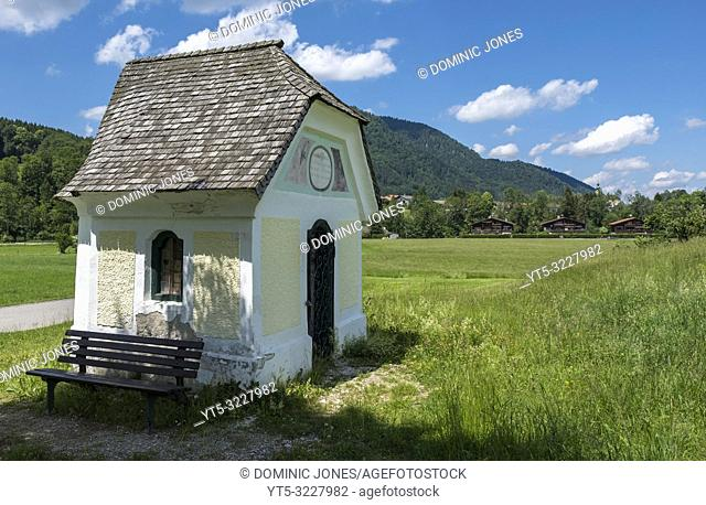 Wayside shrine in the Bavarian countryside, Ruhpolding, Upper Bavaria, Germany, Europe