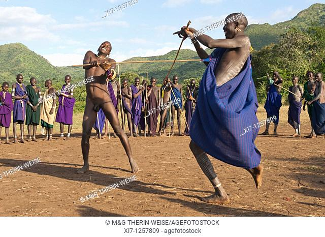 Donga stick fighters, Surma tribe, Tulgit, Omo river valley, Ethiopia en