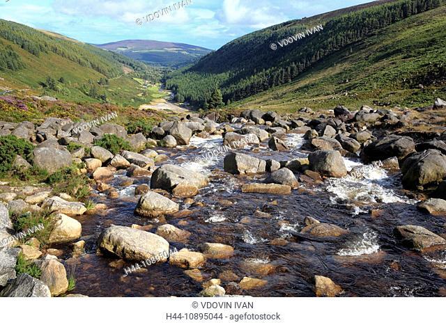 Eire, Europe, European, Ireland, Irish, Western Europe, travel destinations, Landscape, nature, Mountain, mount, mounts, Wicklow mountains, Dublin, river, flow