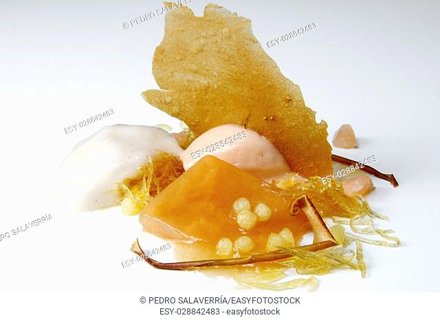 Apple ice cream, honey and chestnuts