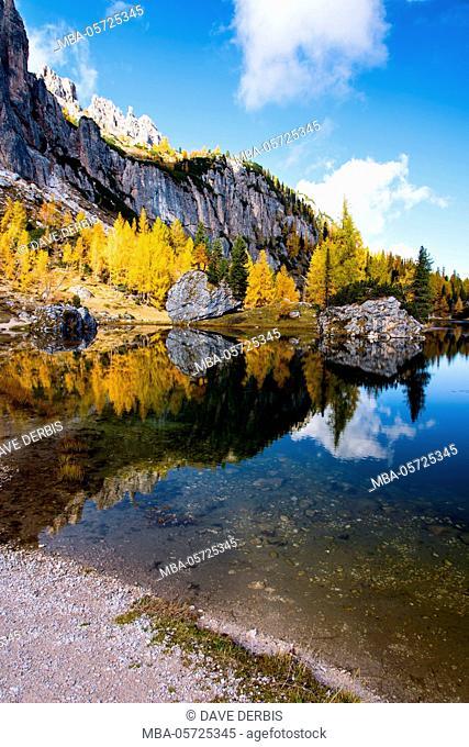 Mountain lake, reflection, autumn, colour of the lgutters, Lago Federa, the Dolomites, Italy