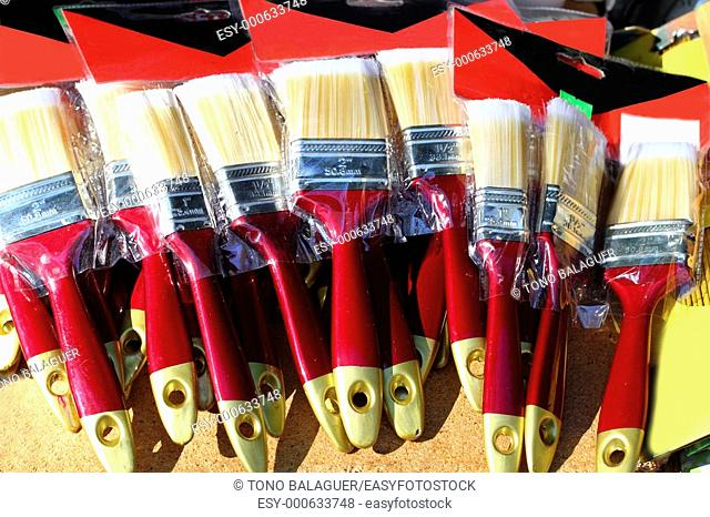 brushes for wall paint blister in bargain market
