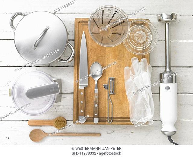 Kitchen utensils for making beetroot purée