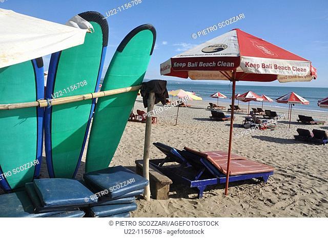 Kuta Beach (Bali, Indonesia): surfboards at the beach