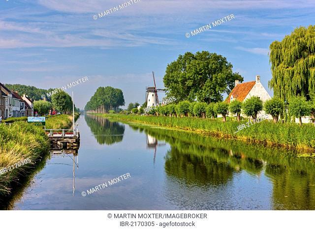 Canal between Bruges and Damme, Damse Vaart-Zuid, Damme, Bruges, West Flanders, Flemish Region, Belgium, Europe