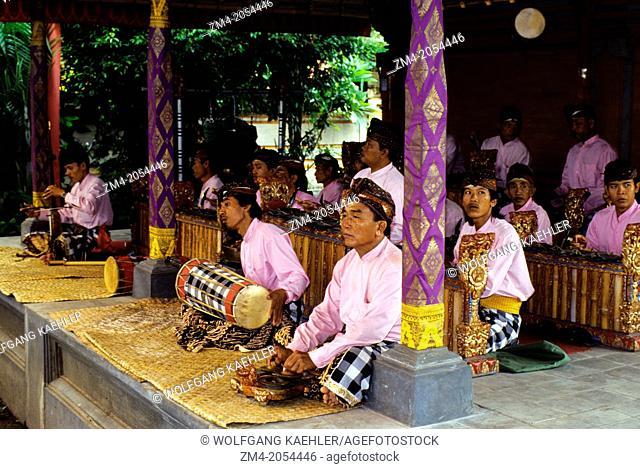INDONESIA, BALI, GAMELAN ORCHESTRA