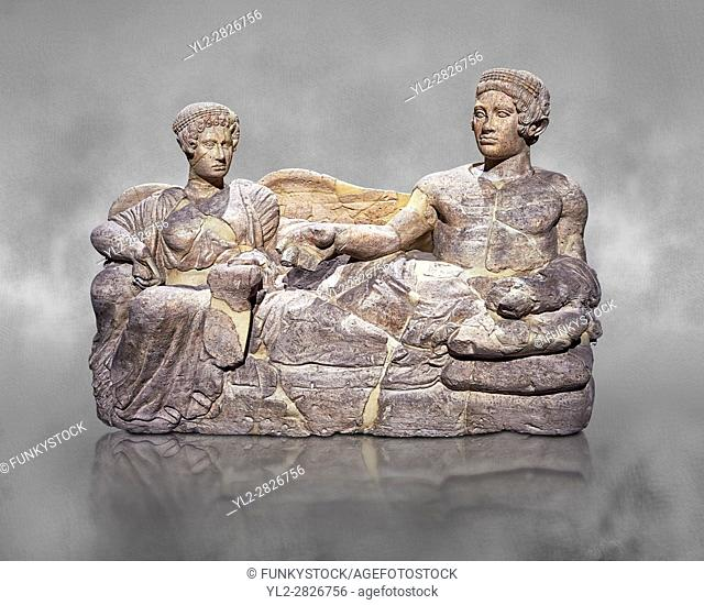 Etruscan cinerary, funreary, urn cover depicting a husband and wife, from the Padata Necropolis, Chianciano, end of 5th century B. C