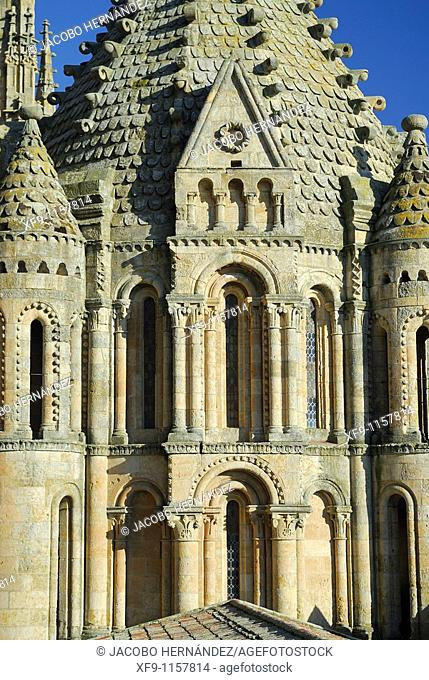 Torre del Gallo. Catedral Vieja. Salamanca. Spain