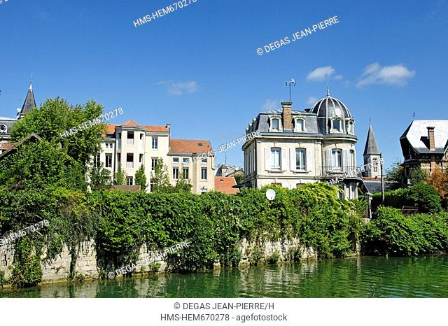 France, Meuse, Verdun, mansion on the banks of the River Meuse seen from a tour boat