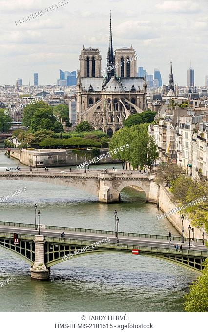 France, Paris, area listed as World Heritage by UNESCO, Ile Saint-Louis (aerial view)