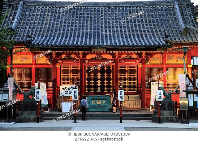 Japan, Tokyo, Asakusa Shinto Shrine,