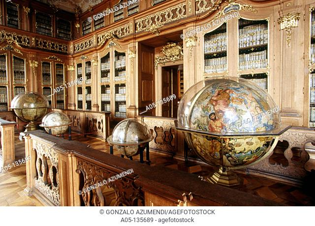 Library of the castle. Kromeriz. Moravia. Czech Republic