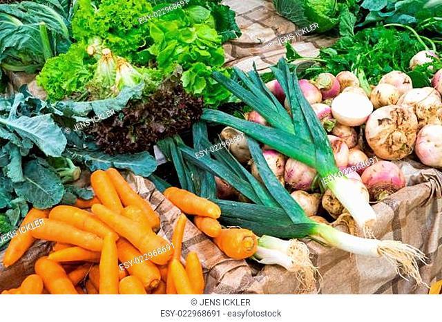 Salat und Gemüse zum Verkauf