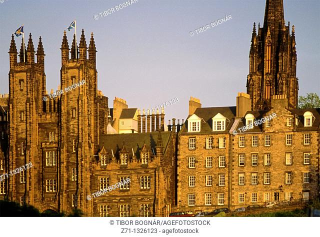 UK, Britain, Scotland, Edinburgh, old town skyline
