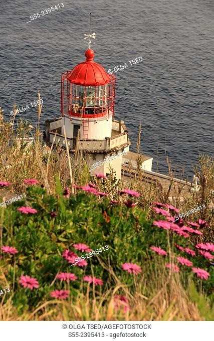 Farol do Arnel, lighthouse do Farnel, Nordeste, Sao Miguel island, Azores, Portugal