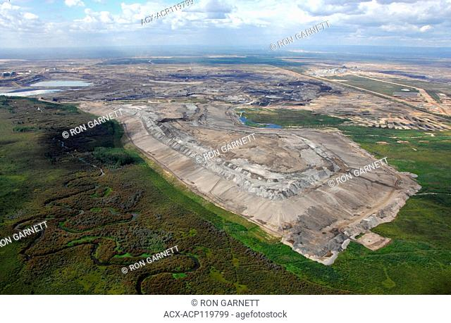 aerial, Shell Albian Sands oil sands project Fort MacKay, Alberta