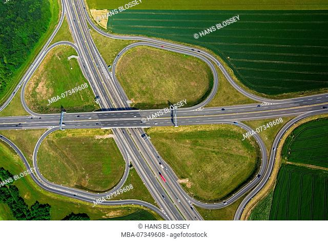 Motorway intersection B8, A59 and B288 in the south of Duisburg, Duisburg, Ruhr area, North Rhine-Westphalia, Germany