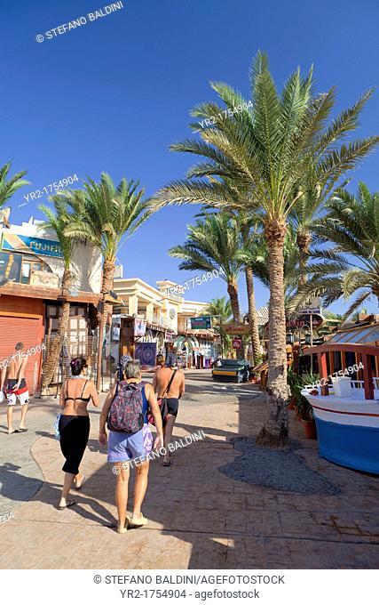 Corniche promenade along Dahab seafront, Dahab, Egypt