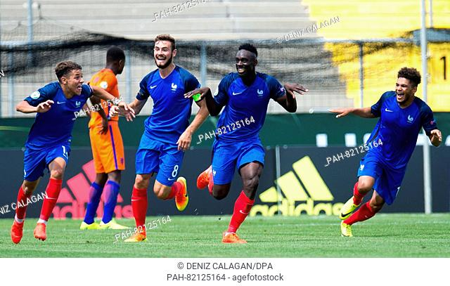 France's goal-scorer Jean-Kevin Augustin (2.f.R.) celebrates his 0-2 goal with Amine Harit (L-R), Lucas Tousart and Denis Will Poha during the U19 European...