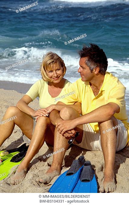 couple in love at the sea, Spain, Balearen, Ibiza