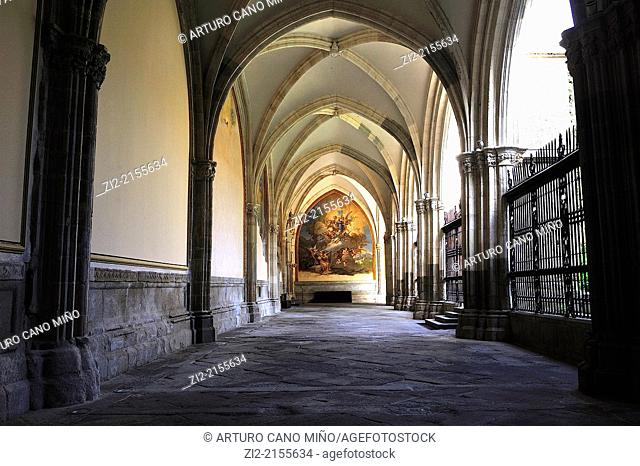 The Primate Cathedral of Saint Mary, Gothic, XIII-XV centuries, cloister, Toledo, Spain