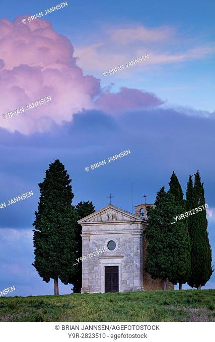 Evening sky over Cappella di Vitaleta near San Quirico d'Orcia, Tuscany, Italy