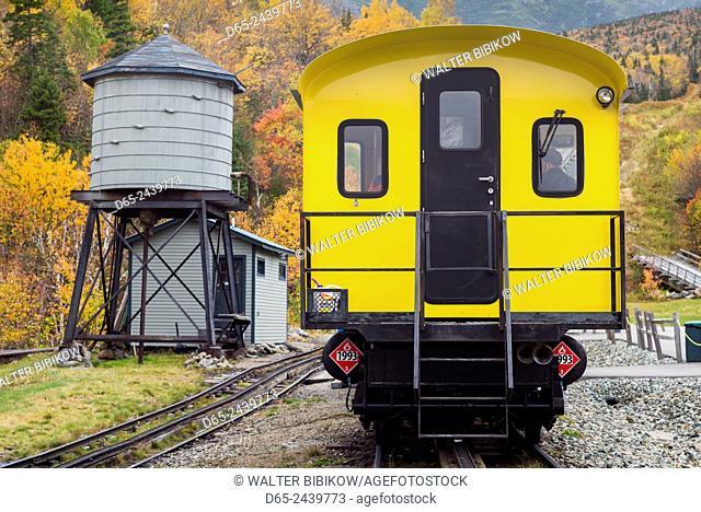 USA, New Hampshire, White Mountains, Bretton Woods, The Mount Washington Cog Railway, train to Mount Washington, fall
