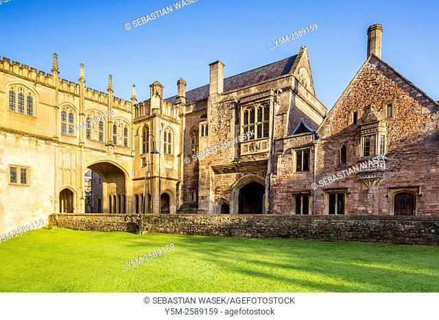 Penniless Porch and The Bishop's Eye at Wells, Somerset, England, United Kingdom, Europe