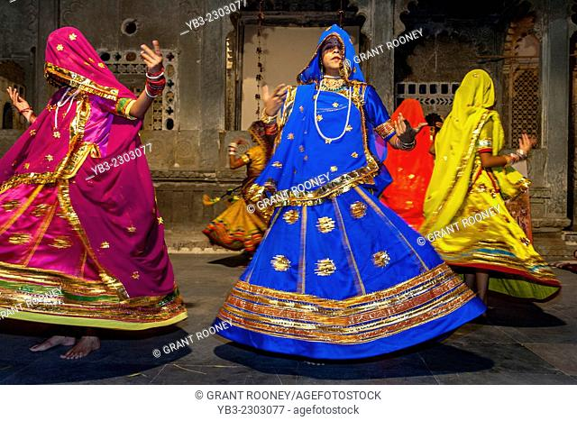 Traditional Rajasthani Dance Show, Udaipur, Rajasthan, India