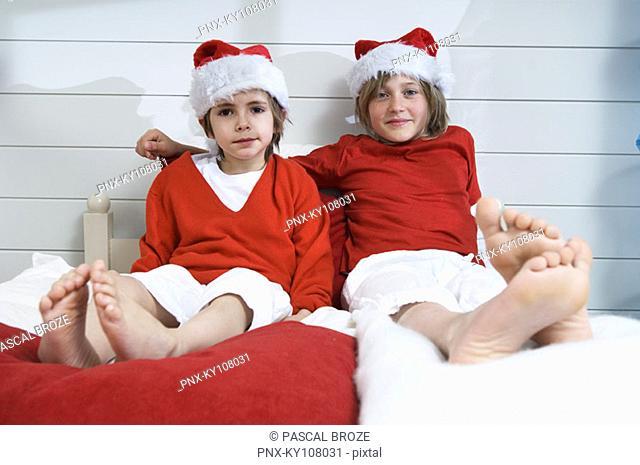 2 boys at Christmas