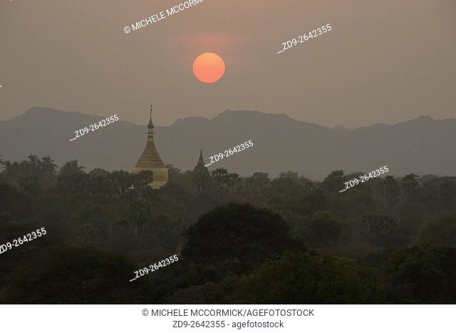 The skyline in Bagan at sunset