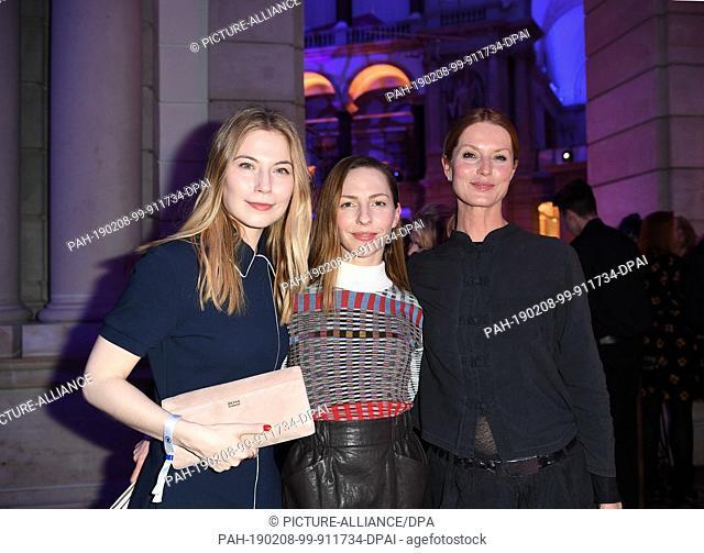 """08 February 2019, Berlin: 69th Berlinale: Nora von Waldstätten (l), xxxx and Esther Schweins (r) during the ARD party """"""""Blue Hour"""""""""""