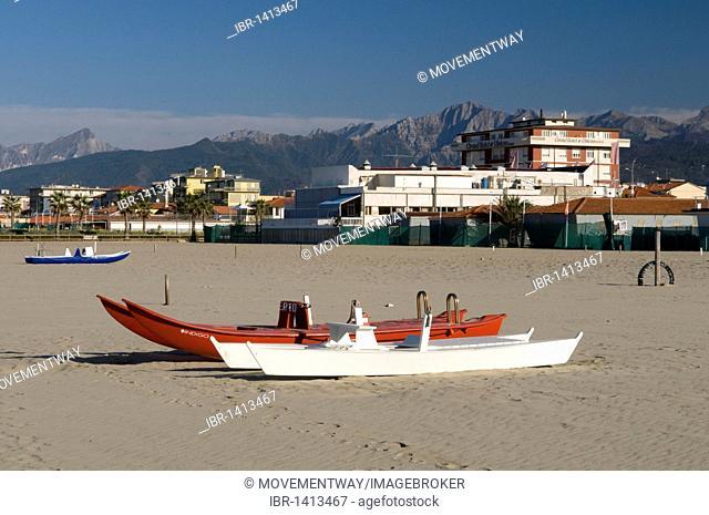Rescue boats on the beach, Lido di Camaicre resort, Versilia, Riviera, Tuscany, Italy, Europe