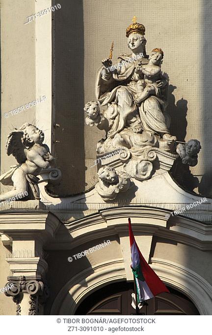 Hungary, Budapest, Inner City St Michael Church, statues,