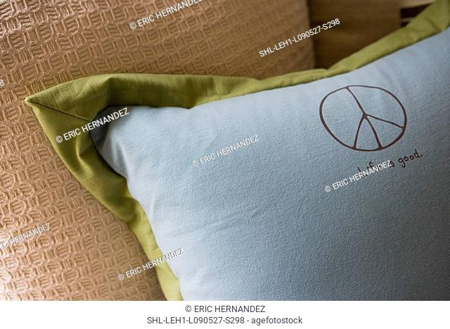 Detail throw pillows on bed