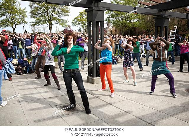 Glee Flash Mob April 10, 2010 - Seattle Washington  Choreography by Bobby Bonsey and promotion and production by One Degree Events