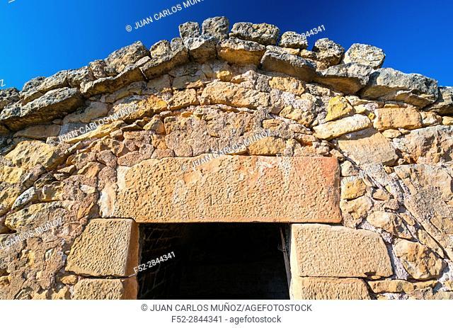 Cabanes de Volta, Construcción rural de piedra en seco, Valle del Set, Les Garrigues, Lleida, Catalunya, Spain