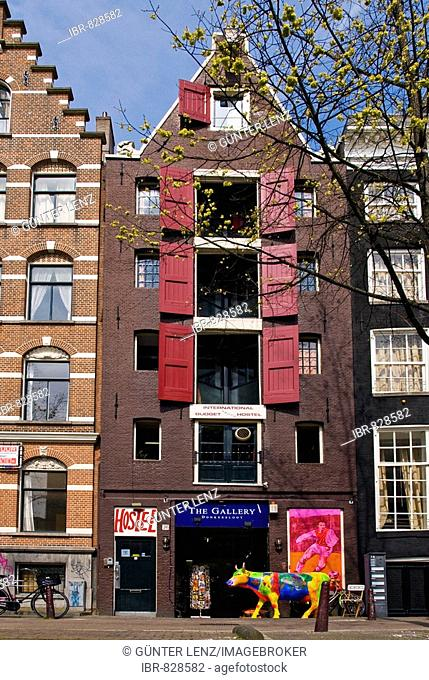 Old warehouses and buildings along the canals of Leidsegracht, Amsterdam, Holland, the Netherlands, Europe