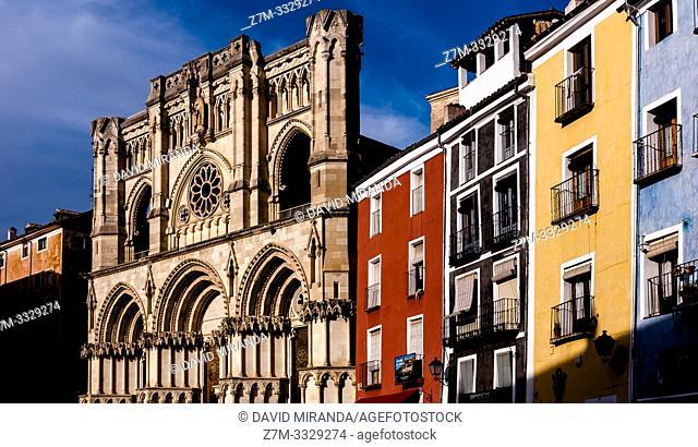 Catedral y Plaza Mayor. Ciudad de Cuenca. Castilla la Mancha. España