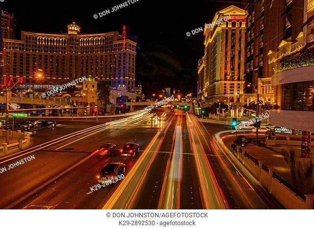 City traffic lights on Flamingo Blvd, Las Vegas, Nevada, USA