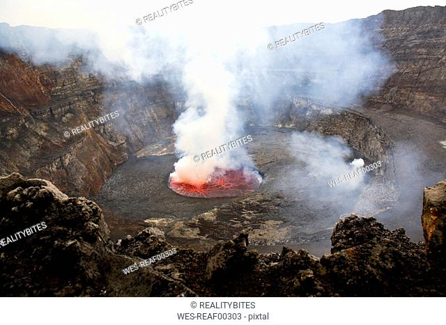 Africa, Democratic Republic of Congo, Virunga National Park, Nyiragongo volcano