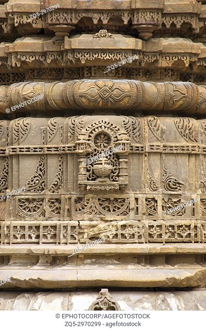 Carving details on the outer wall of Jhulta Minara, Ahmedabad, Gujarat, India